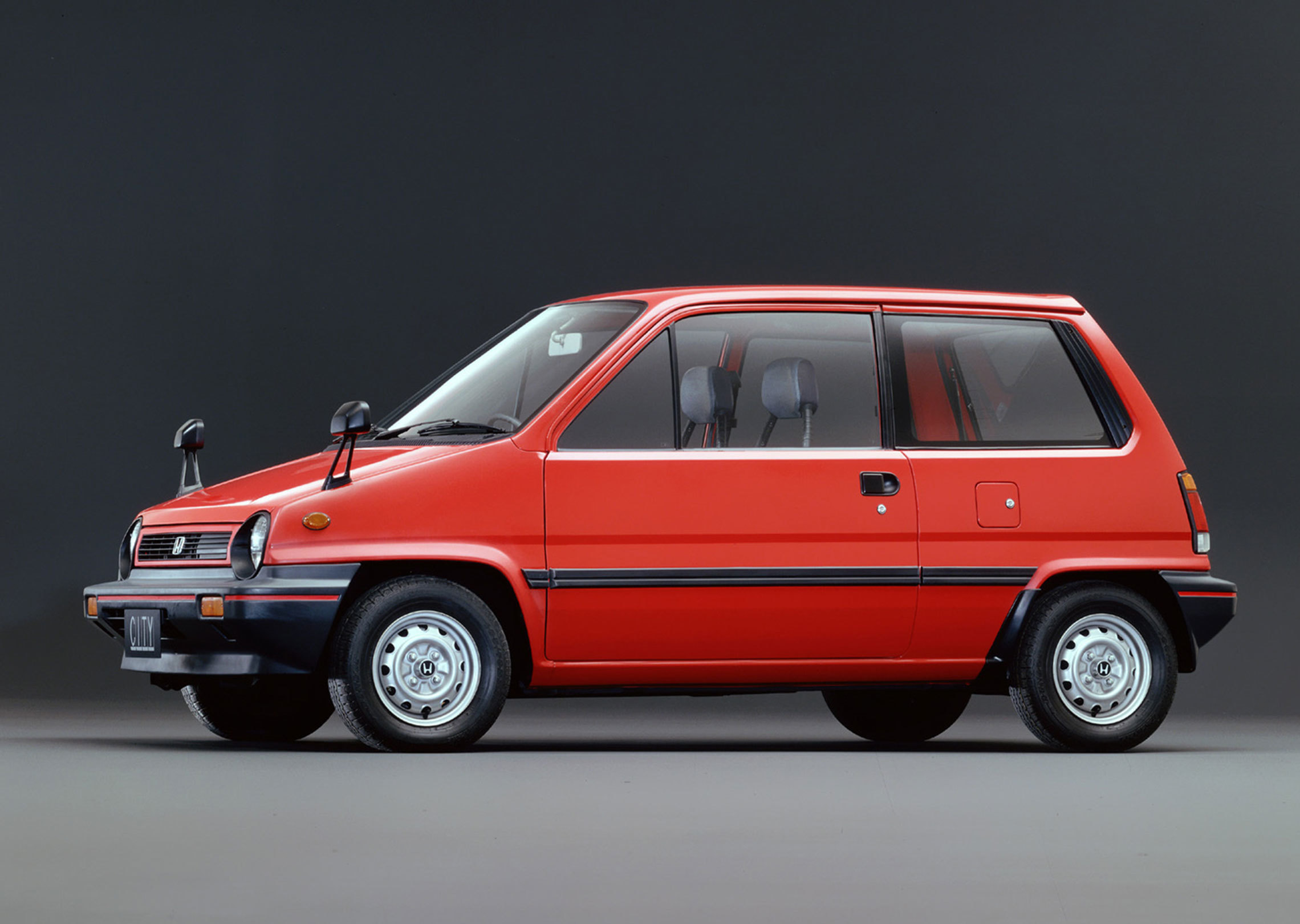 Japanese legends on wheels: the Honda City