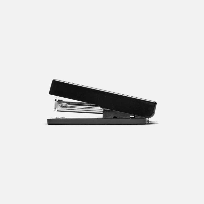 compact-stapler-xs-black