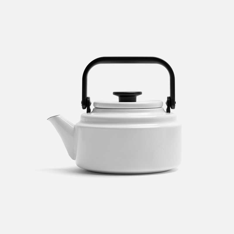 enameled-kettle-white