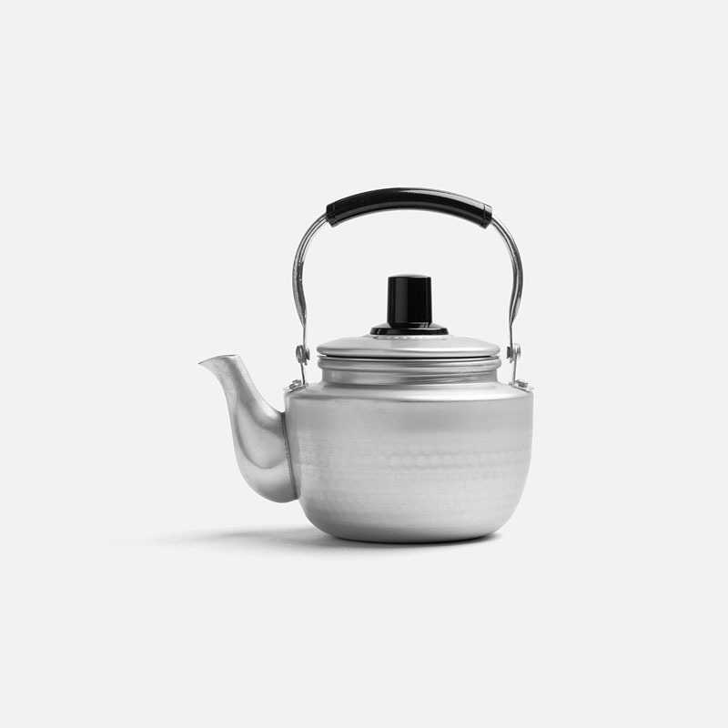 small-hammered-teapot-0-7l