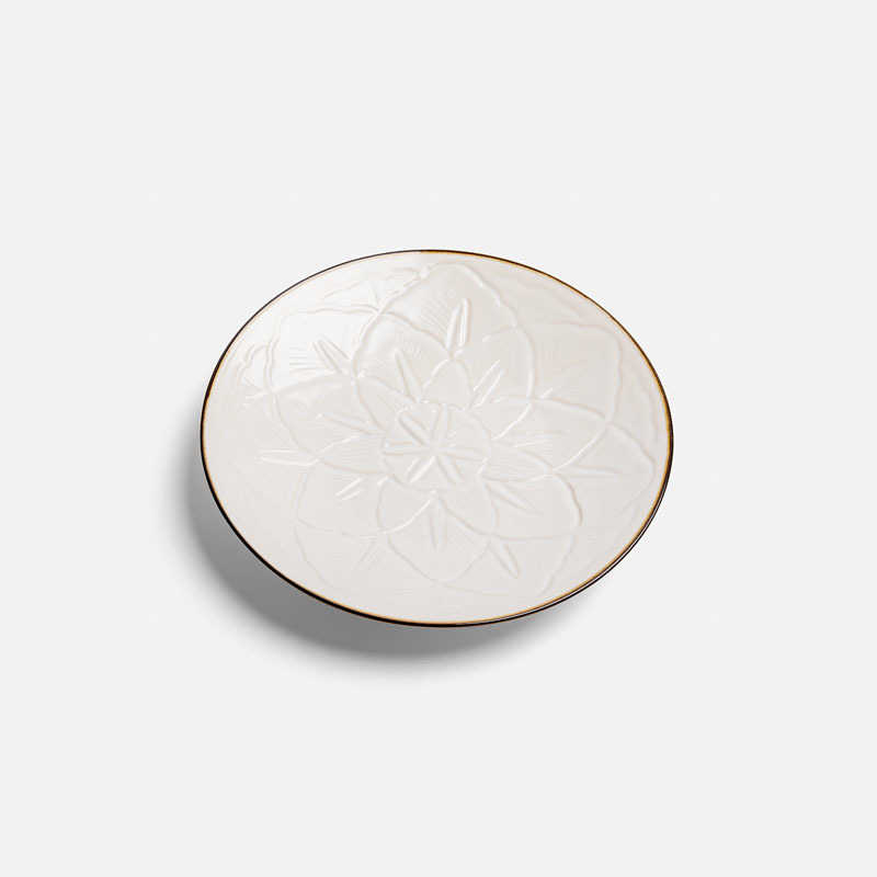 carved-flower-plate-fuchi-sabi-m