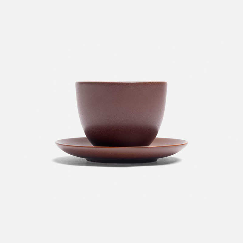 pebble-cup-and-saucer-brown