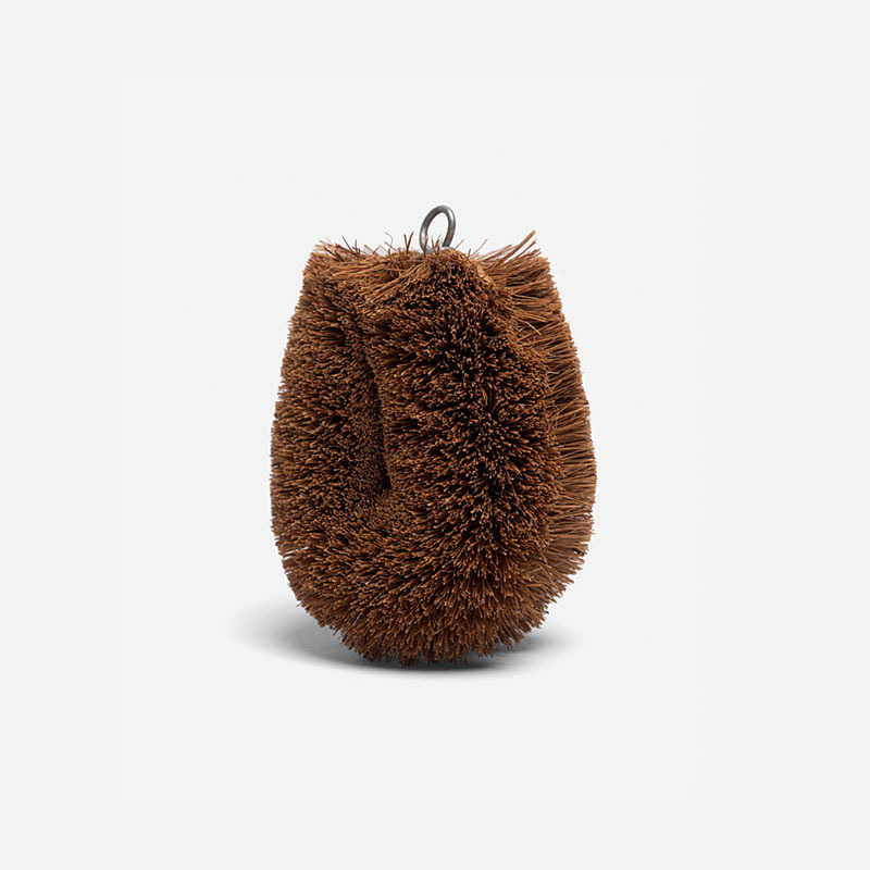 kamenoko-tawashi-natural-palm-fiber-dish-scrubber