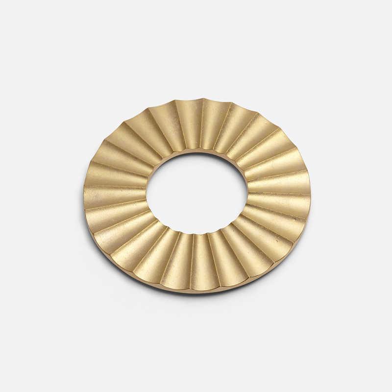 brass-sun-trivet