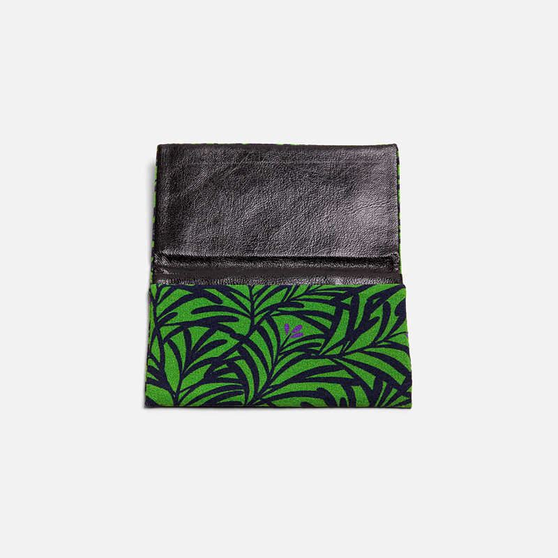textile-card-wallet-leaves-purple-flowers
