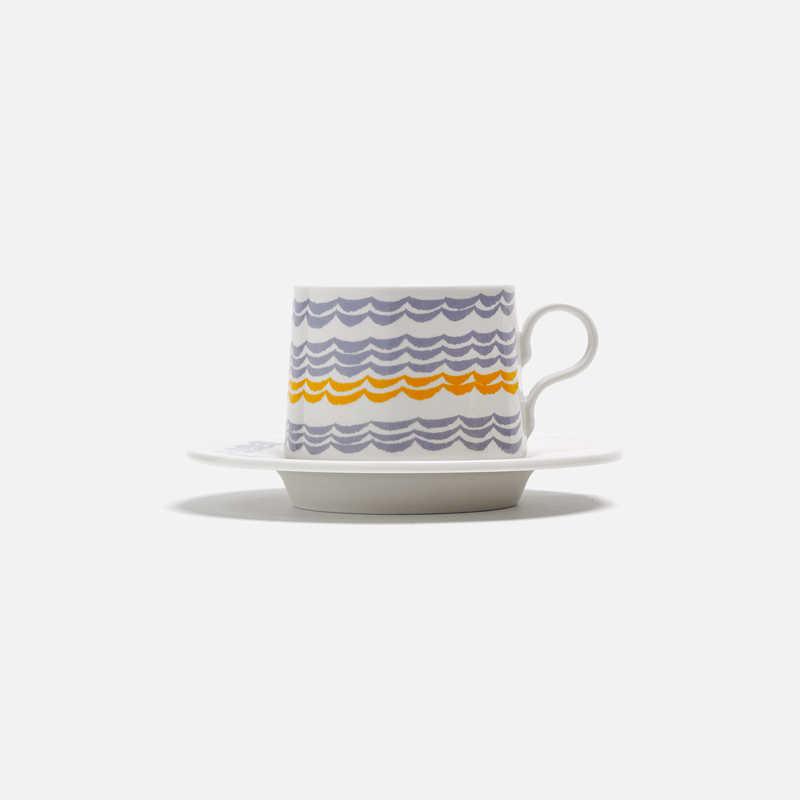 tea-cup-saucer-mare